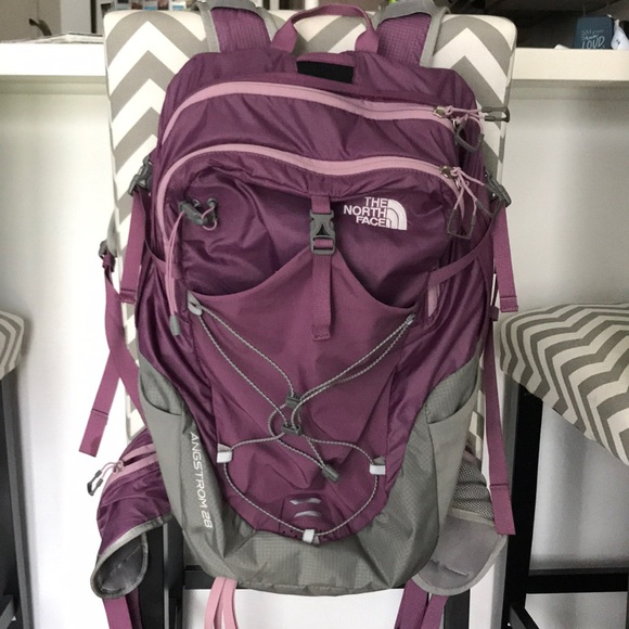 64baf1ad2 The North Face Angstrom 28 backpack
